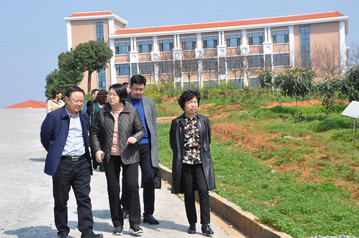 省民政厅副厅长杨薇到我院调研精神康复工作