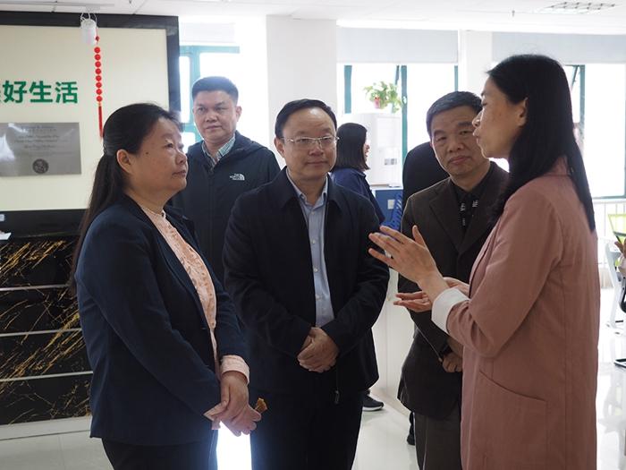 民政部社会事务司副司长范瑜到市第三社会福利院调研社区精神康复工作